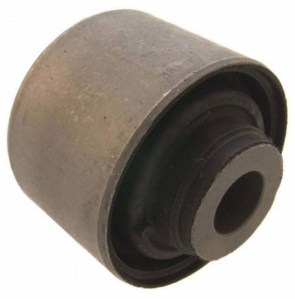 MR210731 MR448511 Auto Suspension Parts Arm Bushing For Lateral Control Arm